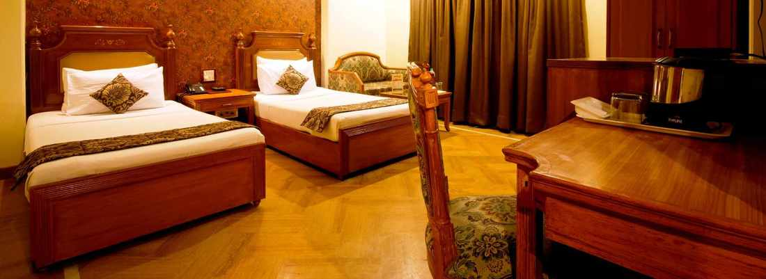 Rooms Sunstar Grand Hotel in Karol Bagh