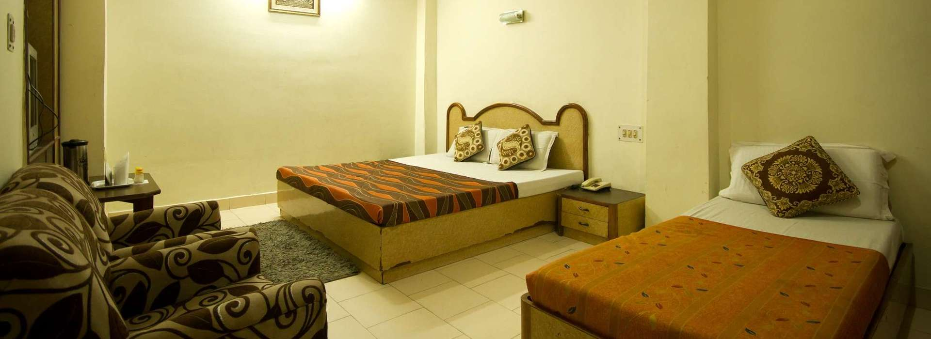 Deluxe Room at Woodland Deluxe Hotel in Paharganj