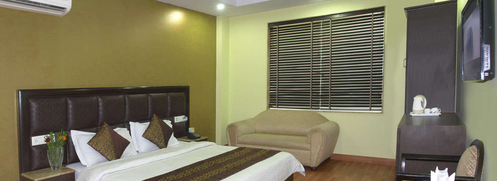 Comfortable Room With All Modern Facilities at Hotel Vedas Heritage