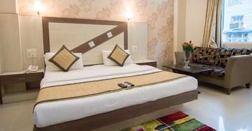 Deluxe Rooms at Rockwell Plaza Hotel in Karol Bagh