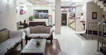 Lobby at Rockwell Plaza Hotel in Karol Bagh