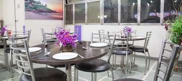 Roof Top Dinning at Rockwell Plaza Hotel in Karol Bagh