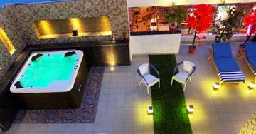 Open Air Spa Facility At The Pearl Hotel